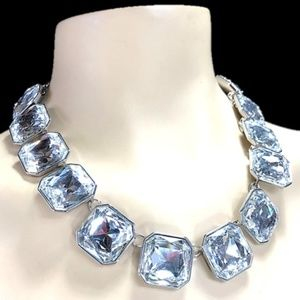 """Jewelry - Chunky Crystal Statement Necklace Silver Tone 19"""""""